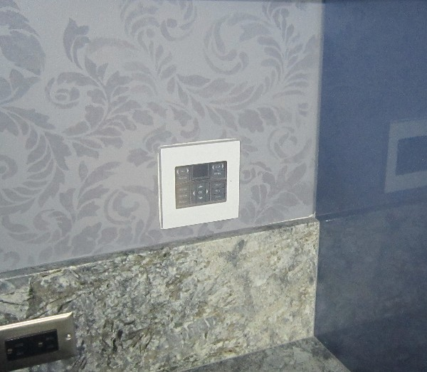 Elan Touchpanel