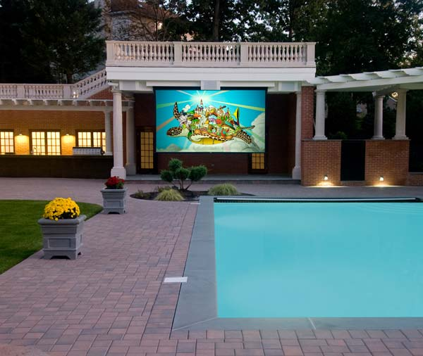 The Screen by the Pool