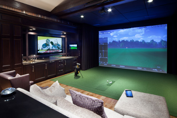 Golf, Movies Share Space in Doubly Fun Home Theater