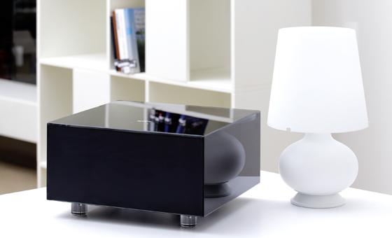 SIM2 Crystal Cube Projector