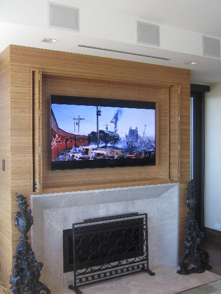 HDTV in Wall