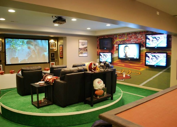 NFL's Super Fan Man Cave Has 7 Screens