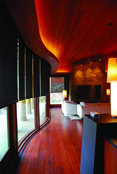Curved Roller Shades