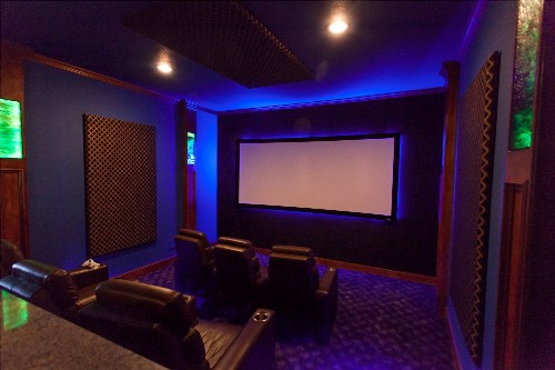 Home theater paint ideas home painting ideas Media room paint ideas