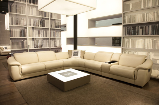 Natuzzi Editions large Natuzzi Home Cinema Sofa with iPod Connection
